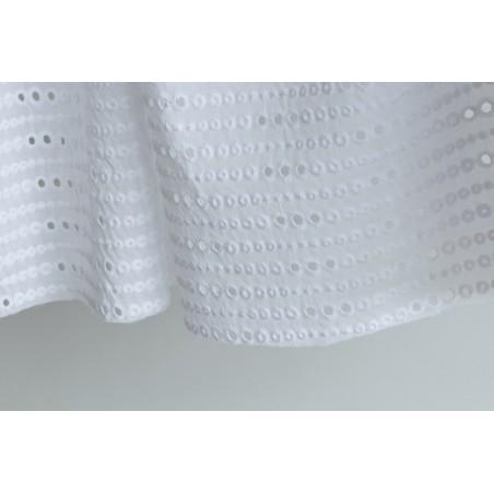 tissu broderie anglaise blanche