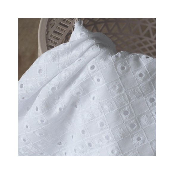 broderie anglaise colette blanche