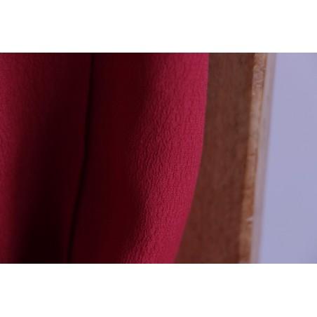 tissu crêpe rouge