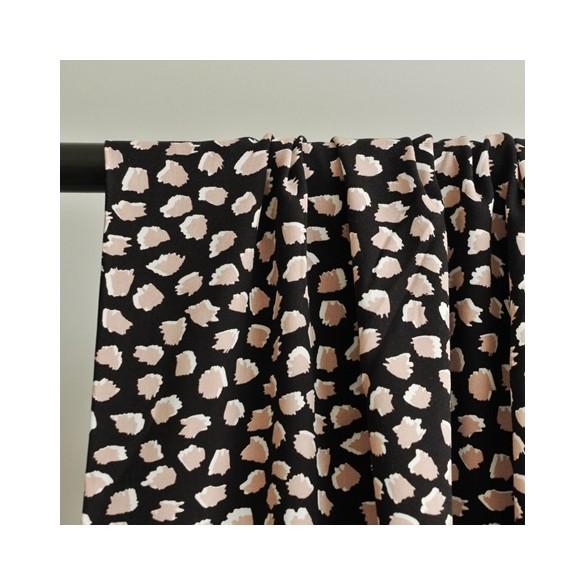tissu imprimé léopard rose