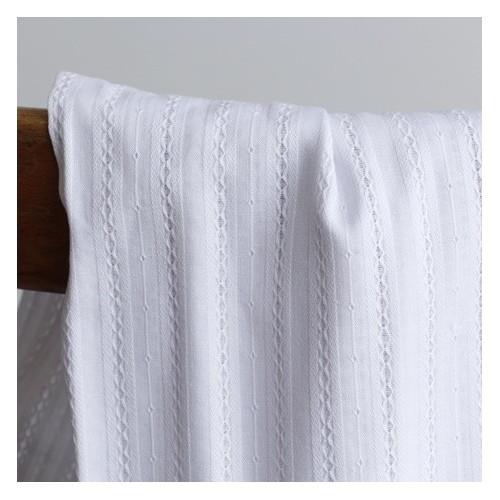 coton brodé blanc
