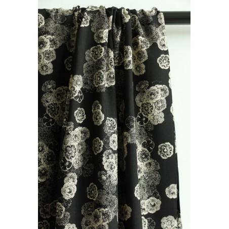tissu viscose fleurs fond noir