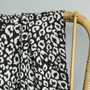tissu viscose imprimée léopard