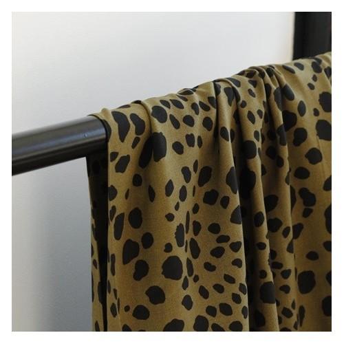 tissu imprimé léopard kaki et noir