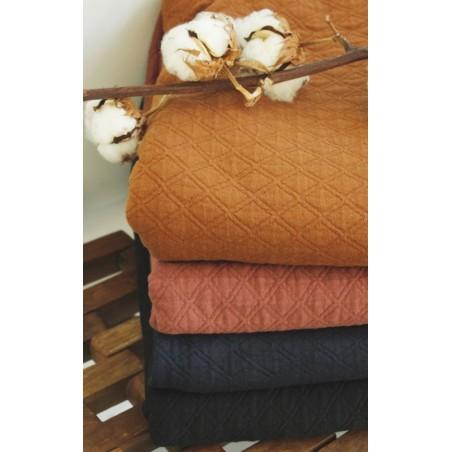 collection de jerseys matelassés en coton bio certifiés GOTS - un chat sur un fil