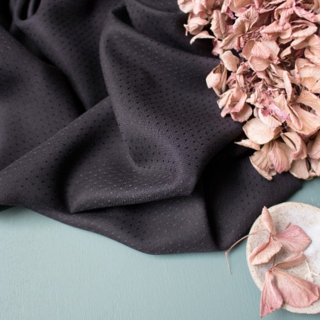 viscose plumetis dobby black - atelier brunette