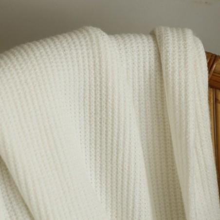 maille tricot blanc cassé