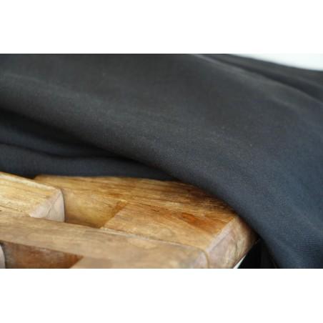 tissu en viscose noire