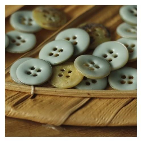 bouton nina nacre émaillé - bleu mint
