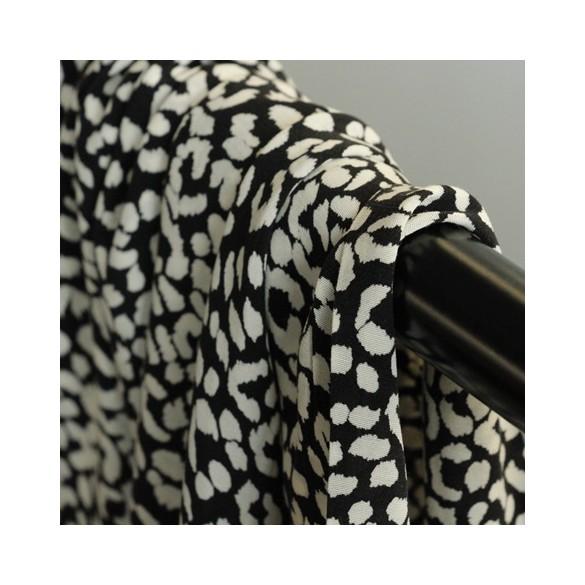 viscose léopard noir et écru