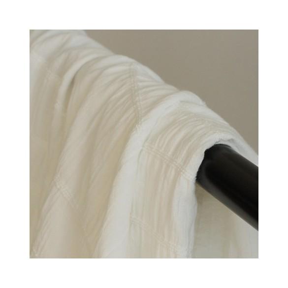 tissu élastiqué blanc