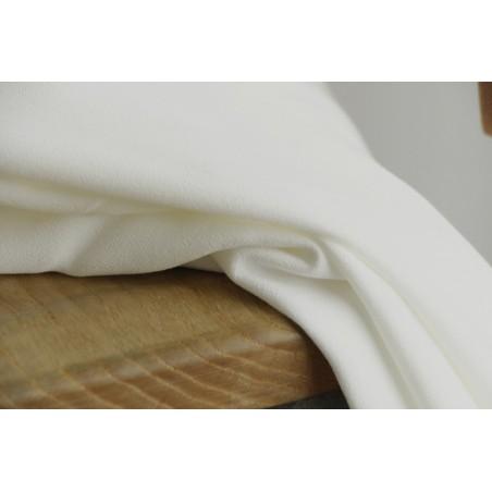 tissu crêpe de viscose blanc cassé