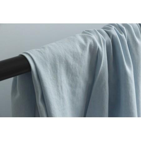 tissu denim fin en coton bleu très clair