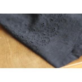 tissu en coton brodé marine- adelaïse