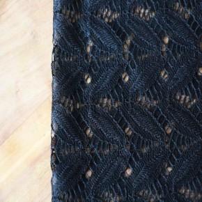 Guipure feuillages-noir