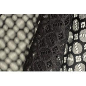 dentelle noire géométrique