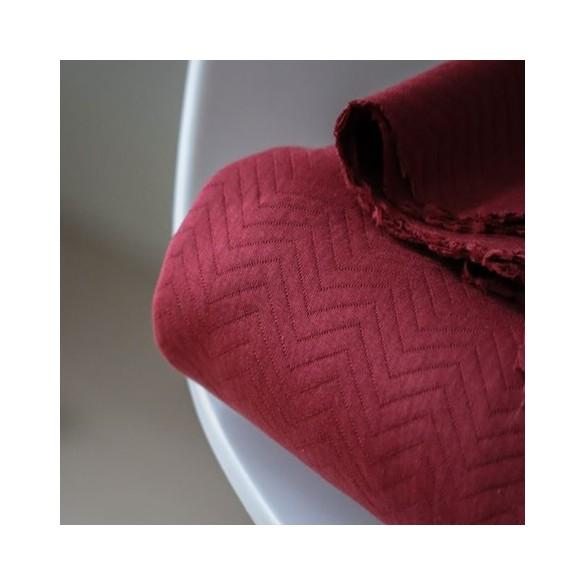 tissu jersey matelassé rouge